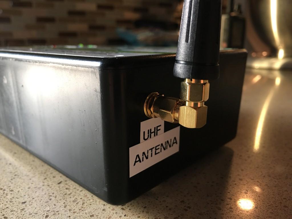 External Antenna Connection